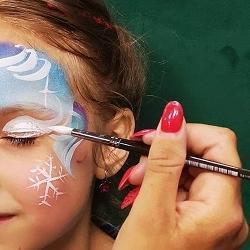 pomalowana twarz dziecka 2